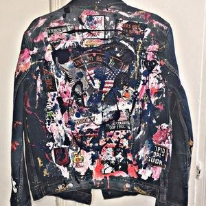 ⚜️Custom Levi's Trucker Jacket ⚜️Size Medium ⚜️